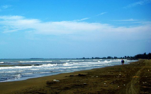 pantai-blendungwisata-pemalang